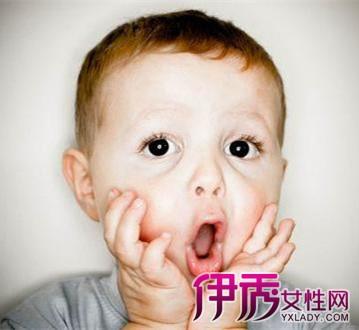【图】宝宝受凉了呕吐怎么办呢两种按摩缓解孩