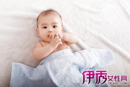 【周岁宝宝发育标准】【图】周岁宝宝发育标准