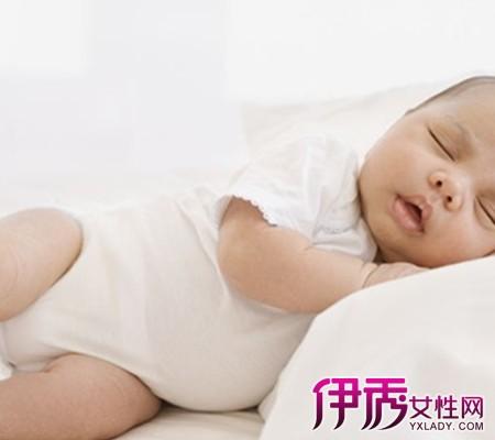 小儿睡觉惊厥是什么原因 八大症状妈妈需注意