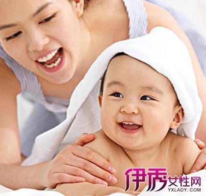 【三个月大宝宝睡觉摇头】【图】三个月大宝宝