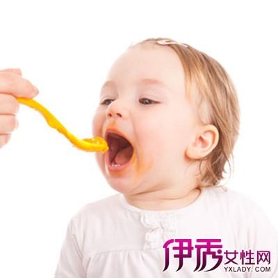 【四个月的宝宝可以添加辅食吗】【图】四个月