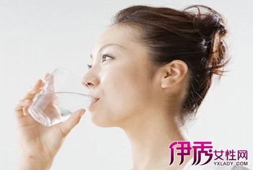 【为什么吃饭喝水肚子胀】【图】为什么吃饭喝