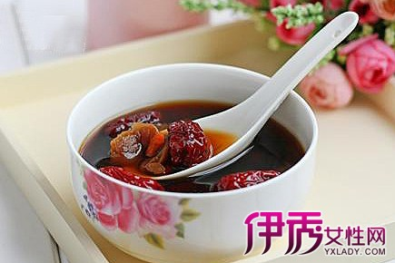当归红枣红糖水功效有哪些 红枣对女性有哪些特殊功效图片