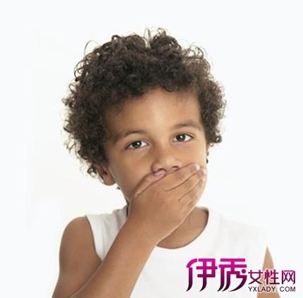 舌头下面长了个疙瘩是怎么回事呢 当心患了舌下腺囊肿
